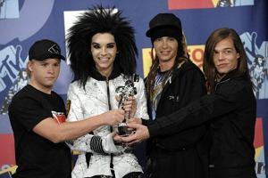Wszyscy pamiętamy kontrowersyjne stylizacje chłopaków z Tokio Hotel. Od czasu kiedy wszędzie można było natknąć się na ich zdjęcia, minęło jednak już kilka lat. Zobacz, jak bardzo zmienili się przez ten czas bracia Kaulitz.