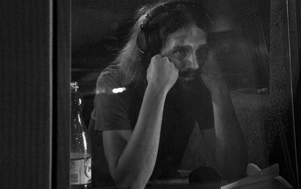 Gienek Loska z zespołem zaszył się w studiu w Pleszewie gdzie nagrywa płytę.