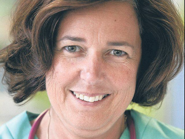 Dr Beata Rzepecka-Węglarz