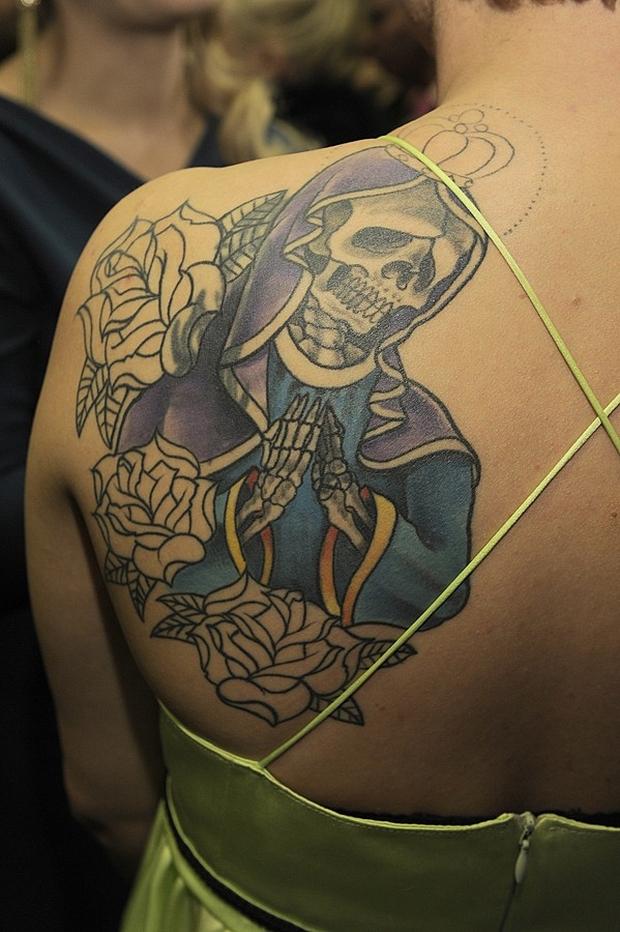 Kto Ma Tatuaż Ze Szkieletem Matki Boskiej