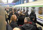Zbliża się wielki tłok na dworcach. Masz ostatni moment, żeby kupić bilet na Wszystkich Świętych