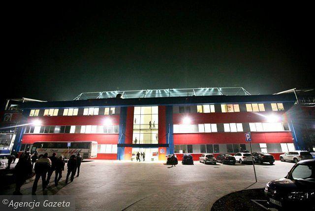 Stadion Piasta Gliwice z zewnątrz