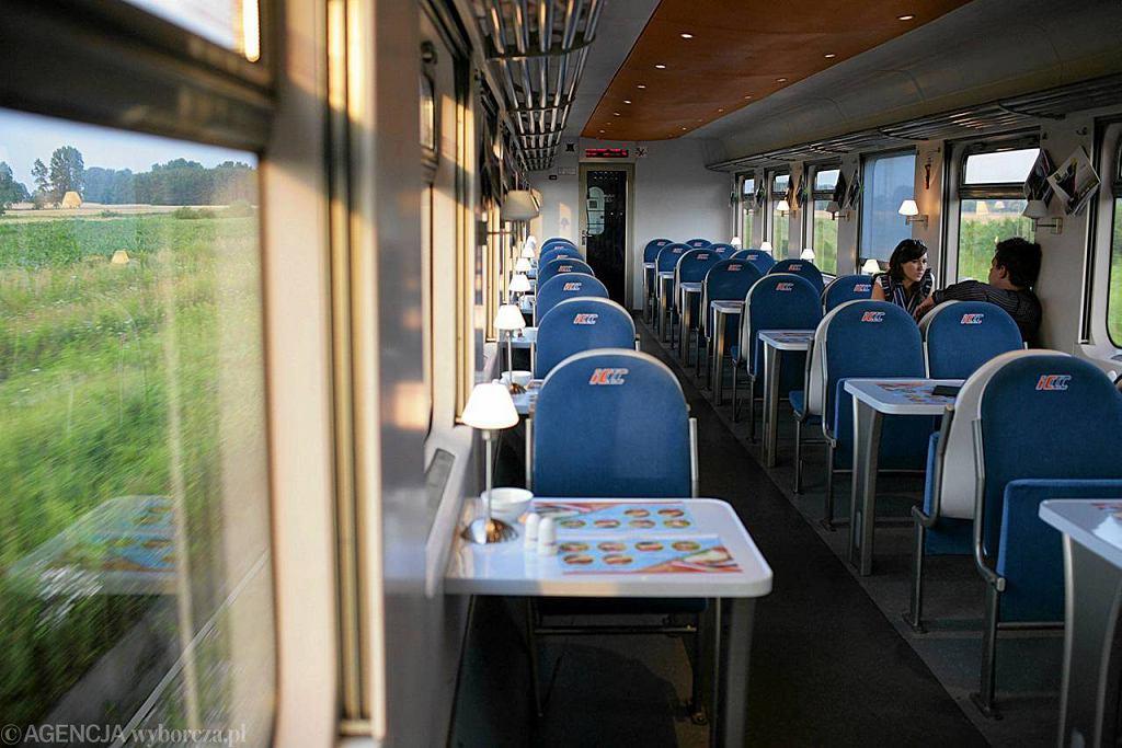 Wnętrze wagonu PKP Intercity