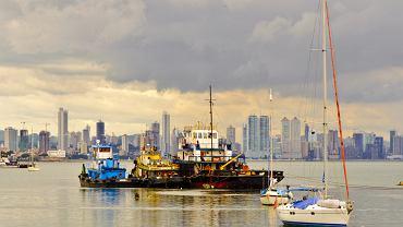 """W internetowym wydaniu """"The New York Times"""" znalazła się lista aż 45 miejsc, które warto odwiedzić w 2012 roku. Wśród nich jest nawet miasto polskie. Na pierwszym miejscu jest jednak Panama. Panama to kraj, który stale rozwija swoją infrastrukturę turystyczną i pod tym względem góruje nad całą Ameryką Łacińską. Warto zobaczyć nie tylko ciągle rozbudowywany Kanał Panamski, ale też stolicę Panama City."""