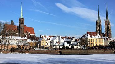 Zimowy Wrocław. Wrocław jest czwartym miastem w Polsce pod względem liczby ludności i piątym pod względem powierzchni. Wrocław jest dobry na każdą porę roku. Fot. Shutterstock