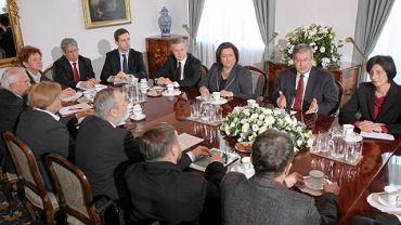 Konsultacje u prezydenta z przedstawicielami wszystkich klubów parlamentarnych ws. przyszłości systemu emerytalnego