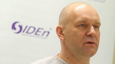Były trener PC/SIDEN Toruń Jarosław Zyskowski na konferencji prasowej