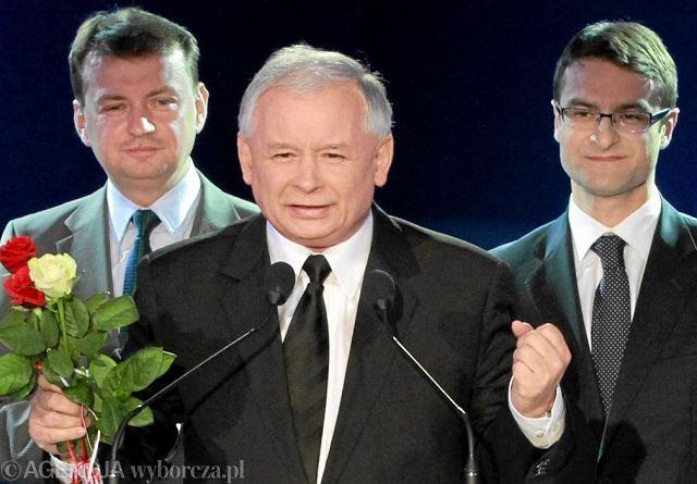 Jarosław Kaczyński podczas wieczoru wyborczego w sztabie PiS, 10.2011 r.