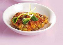 Kotleciki z łososia z kapustą pekińską - ugotuj