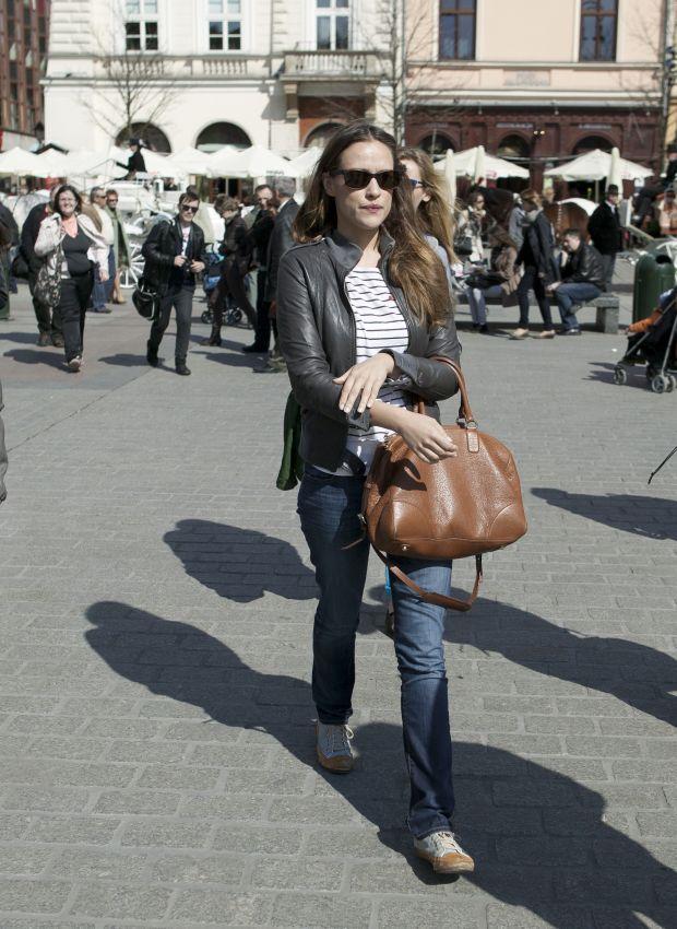 Krakow, 25.03.2012 r. Alicja Bachleda-Curus na Rynku Glownym w Krakowie uczestniczyla w promocji fundacji DKMS -