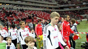 Mecz Legia - Sewilla na Stadionie Narodowym. Na zdjęciu Dominik Furman