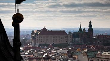 Widok z wieży Kościoła Mariackiego na Wawel