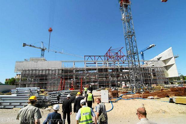 Miasto zerwało umowę na halę przy Bema za 122 mln zł