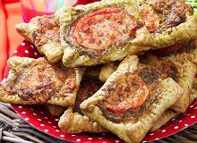 Tartaletki z pesto, pomidorem i mozzarellą - ugotuj