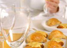 Placuszki piknikowe z ementalerem - ugotuj
