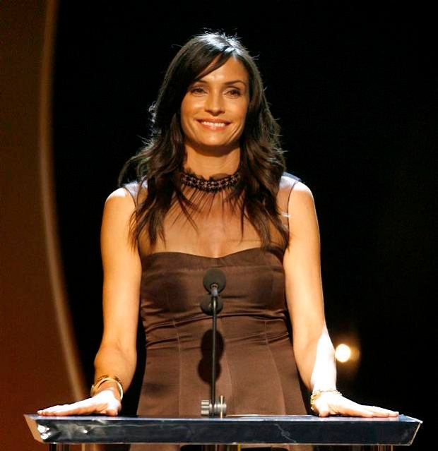 Actress and presenter Famke Janssen speaks on stage at the 16th annual BAFTA/LA Cunard Britannia awards in Los Angeles November 1, 2007. The awards are given out by the British Academy of Film and Television Arts/Los Angeles (BAFTA/LA) to outstanding talents in the entertainment industry.  REUTERS/Mario Anzuoni (UNITED STATES)