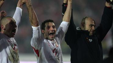 Radość po zwycięstwie z Belgią. Mariusz Lewandowski, Radosław Sobolewski i Mariusz Jop