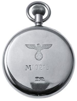 Z muzeum: zegarki IWC  doceniała zarówno armia Hitlera jak i armia czułych na sztukę elegantek