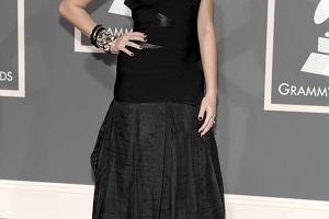 Miley Cyrus na czerwonym dywanie Grammy 2009