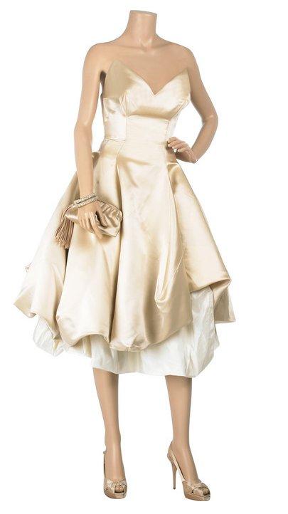 Suknia Vivienne Westwood Gold Label (www.net-a-porter.com)