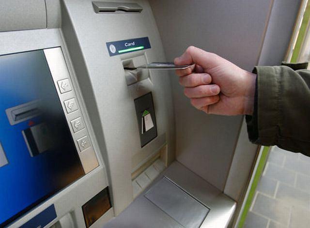 Lepiej płacić teraz bez używania gotówki