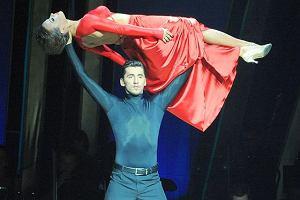 Bohaterką wczorajszego odcinka Tańca z gwiazdami była Anna Mucha, która zatańczyła ogniste tango. Z programem pożegnała się Iga Wyrwał. Nie pomogły jej łzawe historię o trudnym dzieciństwie.