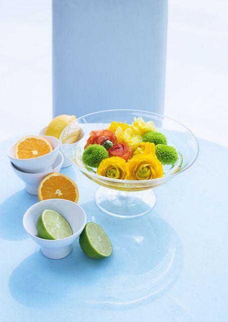 Owoce dostarczają organizmowi potrzebnej dawki energii i witamin.