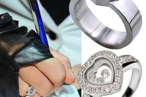 Seks i miejski pierścionek zaręczynowy z czarnego diamentu