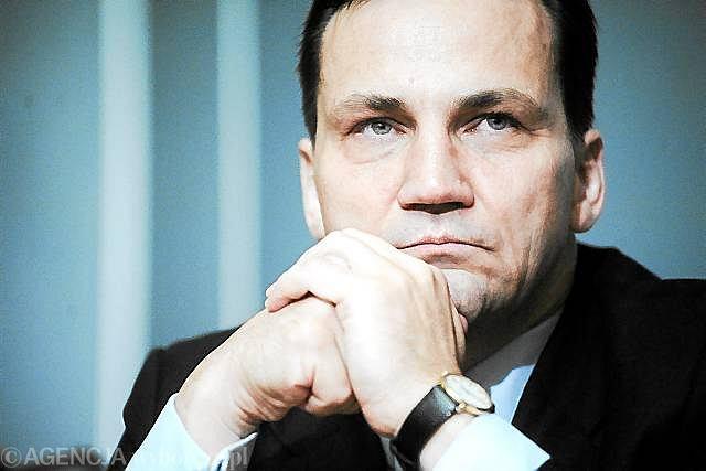 Ewentualne zwycięstwo w wyborach może pokrzyżować plan wymiany ambasadorów na kluczowych placówkach - informuje 'Gazeta Wyborcza'.