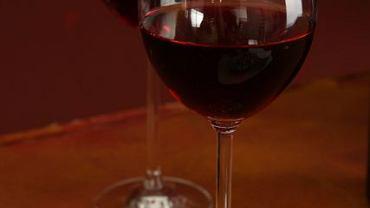 """Warto pamiętać, że nie istnieje takie pojęcie jak """"bezpieczna dawka alkoholu""""."""