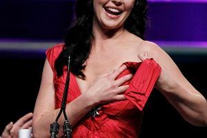 Katherine Heigl odebrała nagrodę kobiecej gwiazdy roku podczas gali ShoWest 2010. Niestety podczas mowy przydarzył się jej mały wypadek.