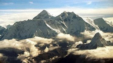 Mount Everest Fot. AP/JOHN MCCONNICO