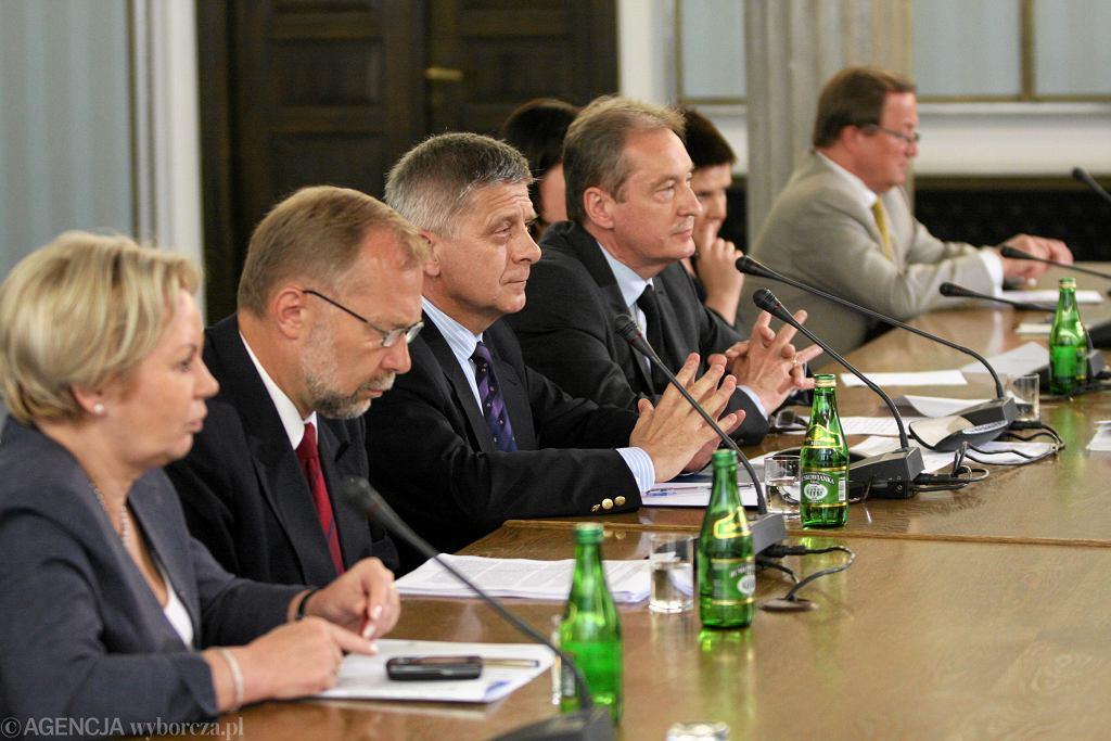 Marek Belka przed sejmową komisją finansów publicznych