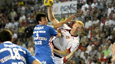Karol Bielecki podczas towarzyskiego meczu Polska - Chorwacja w Kielcach