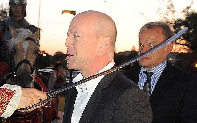 Bruce Willis odwiedził Warszawę. Wszystko w związku z kampanią reklamową pewnego trunku. Aktor jest nie tylko twarzą produktu, ale także współwłaścicielem.