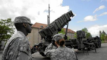 Amerykańscy żołnierze przy baterii Patriot w Morągu