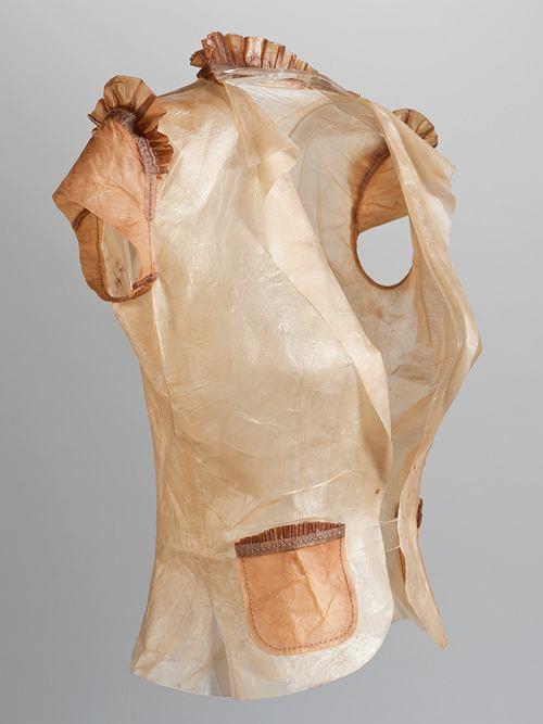 Bluzka przygotowana na wystawę w Londyńskim Muzeum Nauki