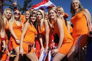 Serwis zczuba.pl zorganizował równolegle z mundialem wybory Miss Mundialu. W finale zmierzyła się Australijka z Argentynką.