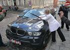 Wstrzymana licytacja BMW Kurskiego