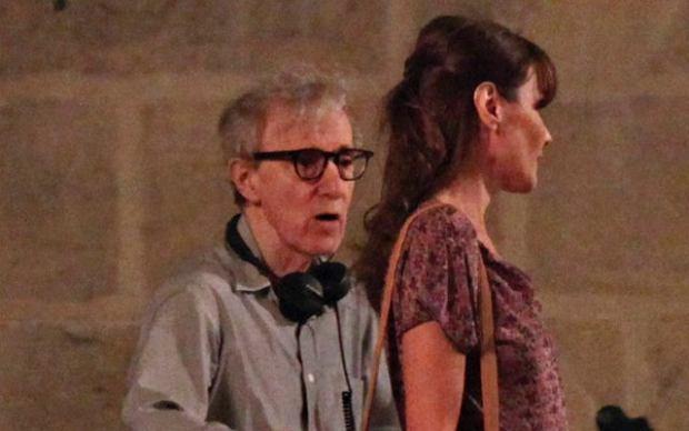 W Paryżu Woody Allen rozpoczął zdjęcia do filmu ''Midnight in Paris''. Jedną z ról dostała żona prezydenta Francji Nicolasa Sarkozy'ego Carla Bruni-Sarkozy.