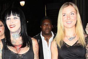 Violet Kowal i Michelle Bombshell McGee mogą założyć Klub byłych kochanek. Polka ma na koncie romans z Melem Gibsonem, a wytatuowana modelka z Jessem Jamesem.