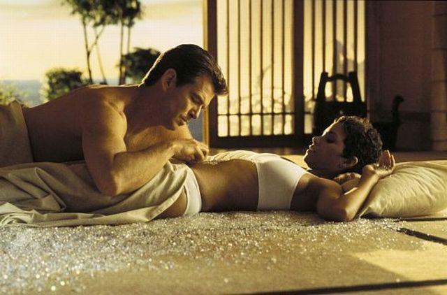 james bond, kobiety bonda, agent 007, dziewczyny bonda, Sean Connery, George Lazenby, Roger Moore, Timothy Dalton, Pierce Brosnan, Daniel Craig