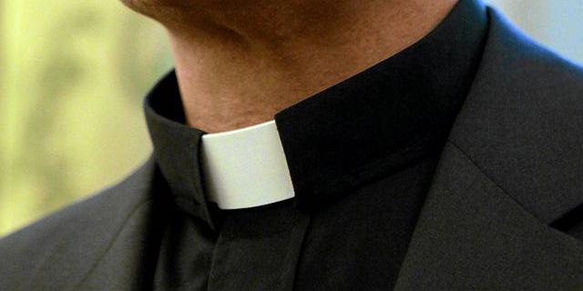 Ksiądz z koronawirusem. 120 wiernych objęto kwarantanną
