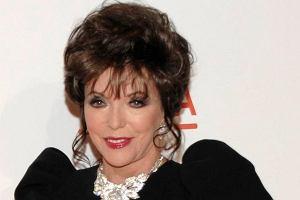 Gwiazda Dynastii Joan Collins ma już 77 lat, jednak dzięki operacjom na jej twarzy prawie nie widać zmarszczek.