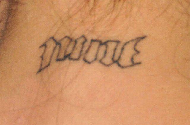 Longoria Usuwa Tatuaże Po Niewiernym Mężu