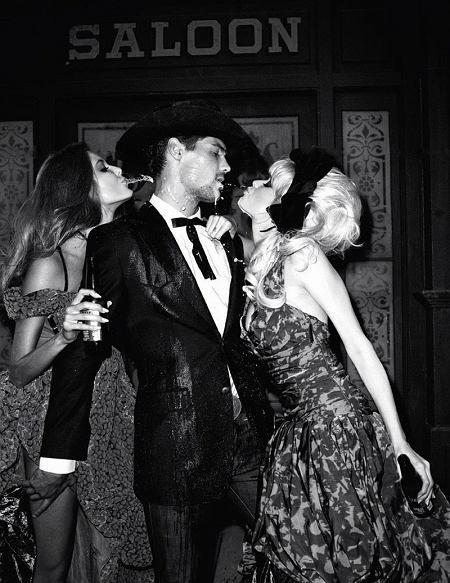 Abbey Lee Kershaw, Crystal Renn i Eniko Mihalik w obiektywie Terry'ego Richardsona dla Vogue Paris grudzień 2010