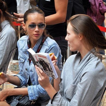 Modelki podczas Milan Fashion Week