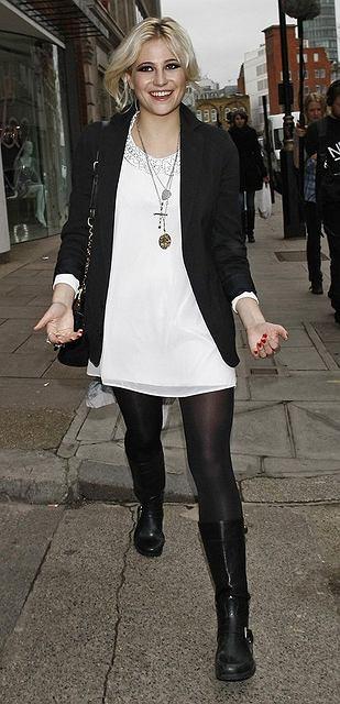 Pixie Lott odwiedza sklep Lipsy w Londynie