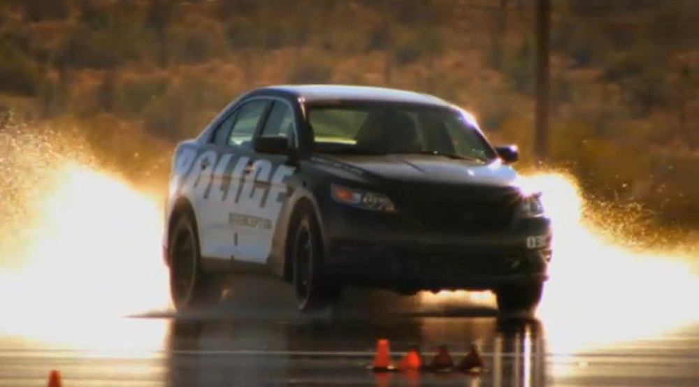 Testy samochodów policyjnych