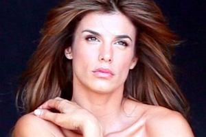 Wdzięki Elisabetty Canalis do tej pory mógł podziwiać tylko jej kochanek - George Clooney (50 l.). Włoska modelka postanowiła jednak wystąpić w nagiej sesji do kampanii organizacji obrony zwierząt PETA.